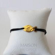 Bracelet noir et Poisson en laiton doré